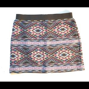 American Eagle Outfitters Tribal mini skirt, Sz 2